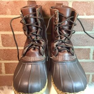 LL Bean Classic Bean Boots Kids Boys or Girls Sz 4